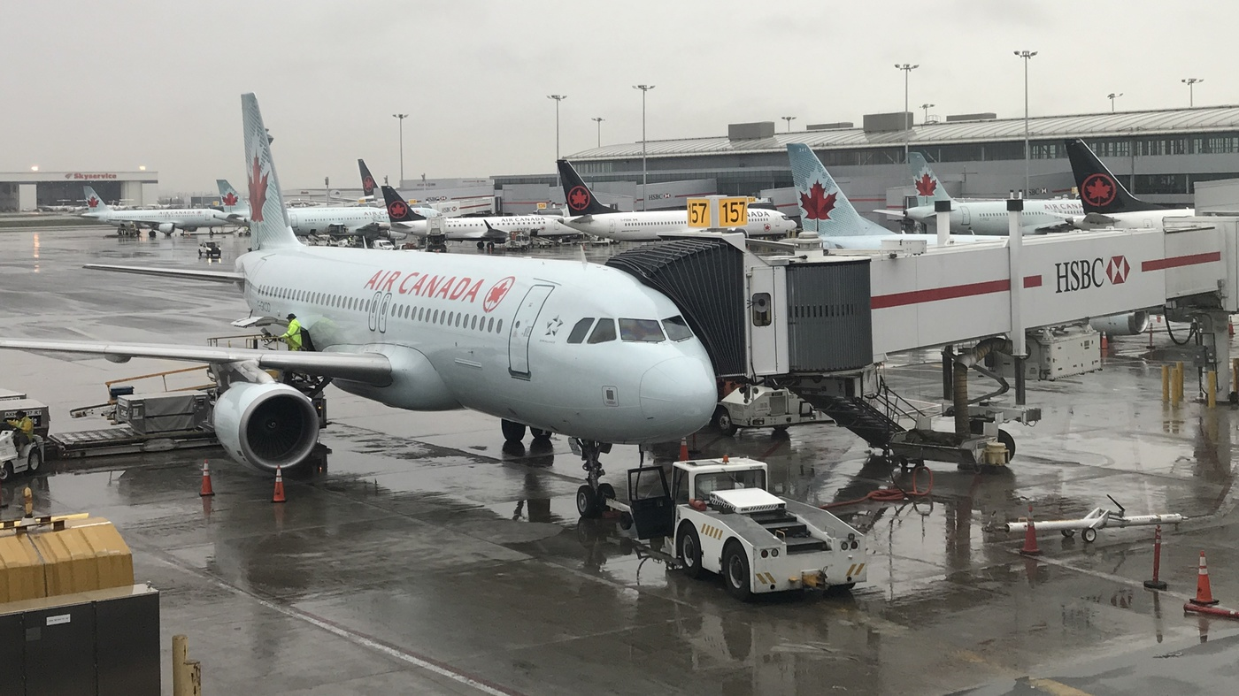 Air Canada Passenger Left Alone On Cold Dark Plane – NPR