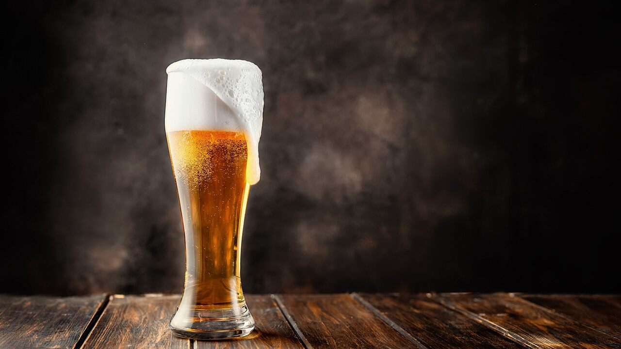 Tourist charged over $68G for 'most expensive beer in history' – Fox News