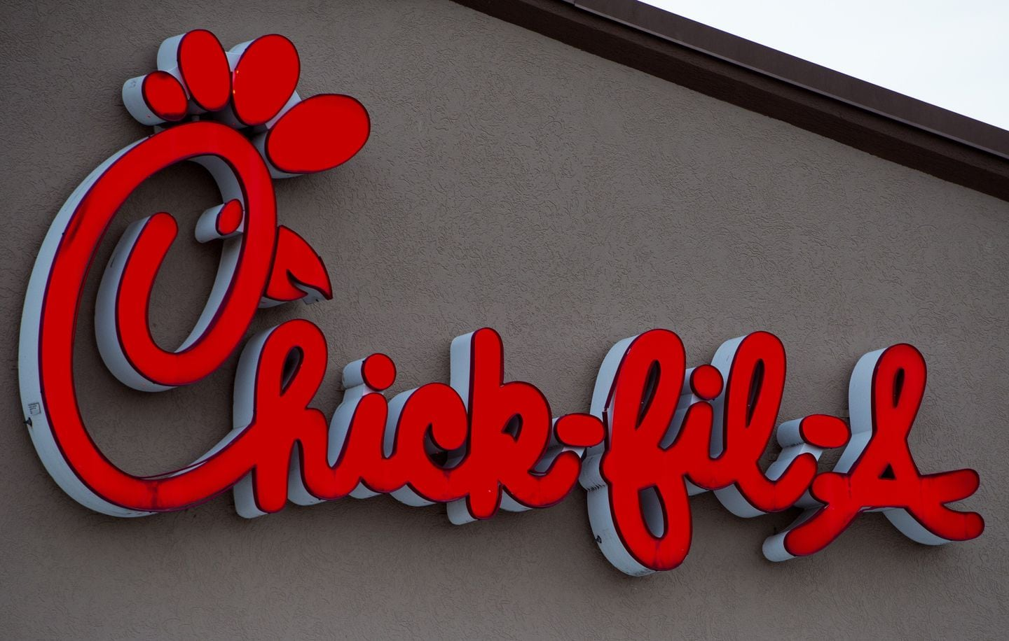 Days after opening its first U.K. restaurant, Chick-fil-A announces the location will close – The Washington Post