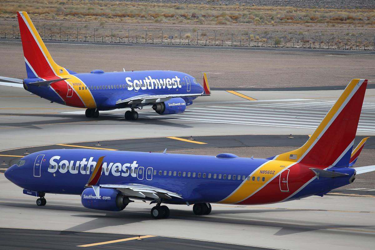 Southwest flight attendant caught pilots watching bathroom livestream: suit – New York Post