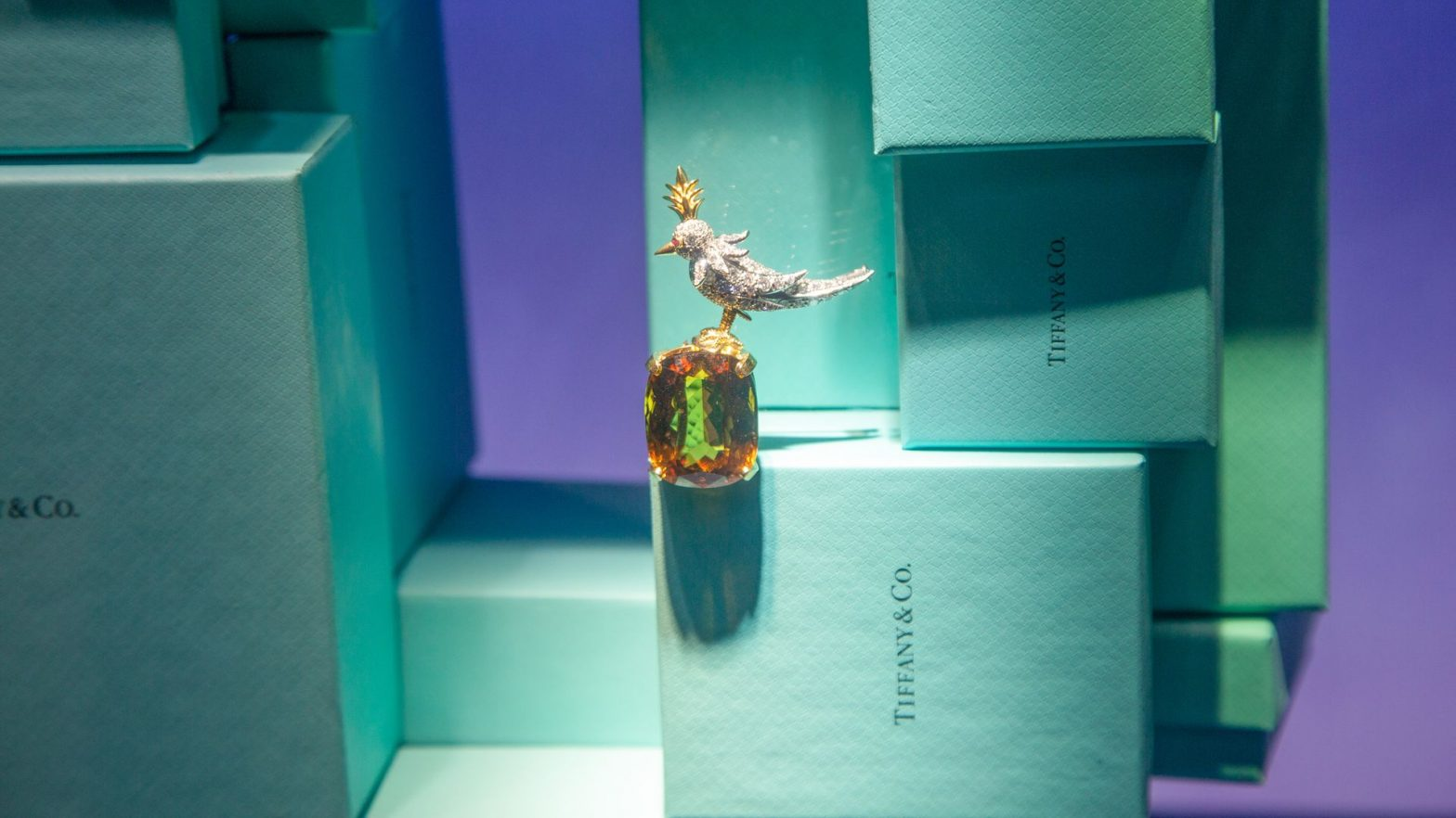 Report: LVMH agrees to buy Tiffany & Co. for $18.5 billion – Axios