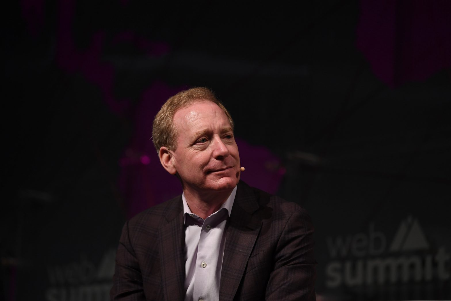 Microsoft President Brad Smith says work on JEDI continues despite Amazon protest – CNBC