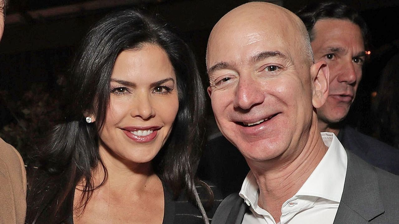 Jeff Bezos texts to mistress: History of a scandal – Fox Business