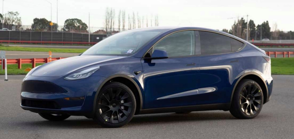 Tesla Model Y gets official 315-mile EPA range, becomes most efficient SUV ever – Electrek