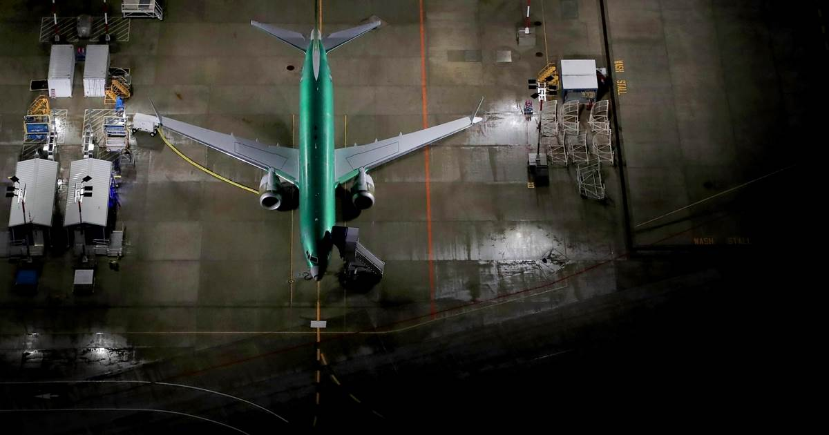 Boeing orders 'robust' probe after potentially damaging debris found in 737 Max fuel tanks – NBC News