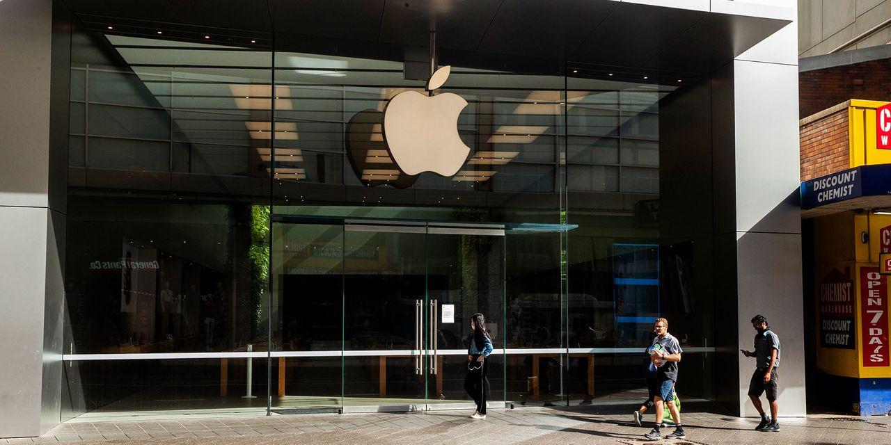 After Apple's Big Drop, There's Only One Trillion-Dollar Company Left – Barron's