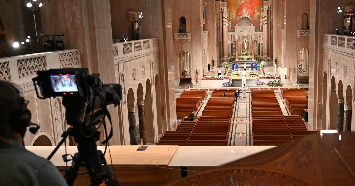 More than 12,000 Catholic churches in the U.S. applied for PPP loans – and 9,000 got them – CBS News