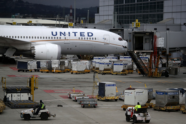 SF doctor, returning from helping in NY, shocked by full United flight – SF Gate