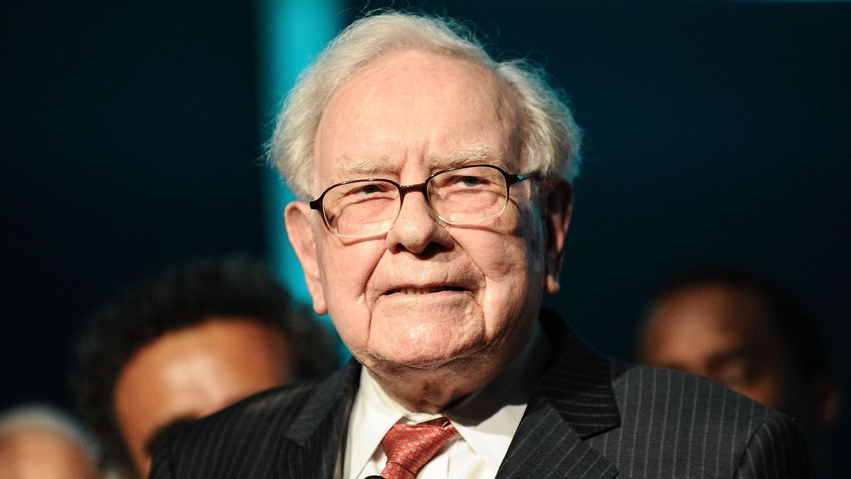 Buffett Sells More Stocks, Including Goldman Sachs, With No 'Elephant-Sized' Acquisition On The Horizon – Forbes
