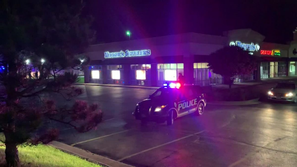 """Davenport police issue """"shelter in place""""; respond to at least one shooting – KWQC-TV6"""