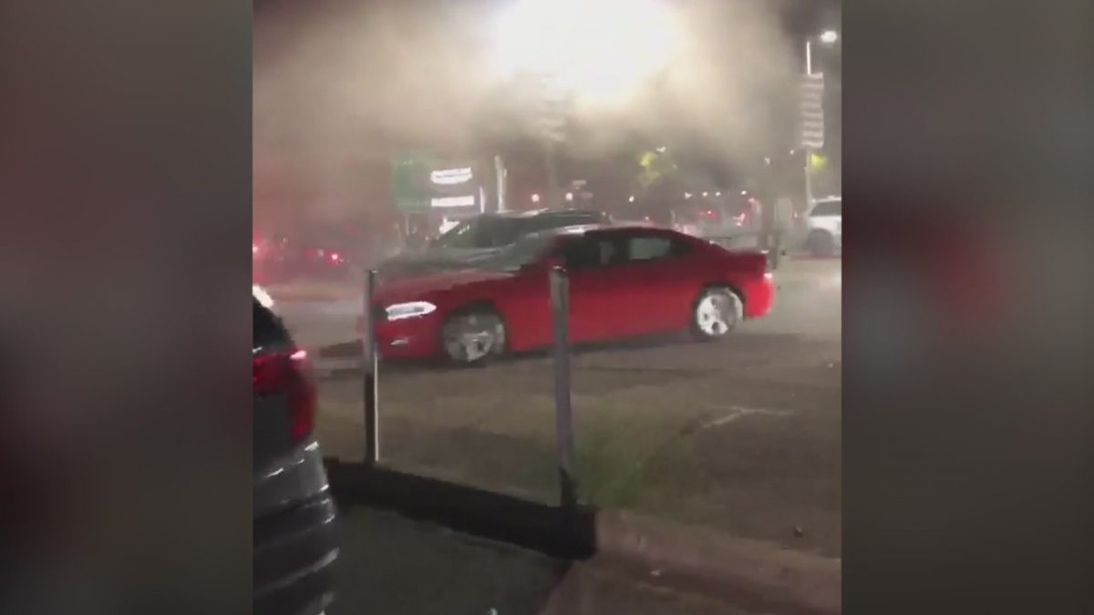 Over 70 cars stolen from San Leandro dealership as looting, destruction hit city – KRON4