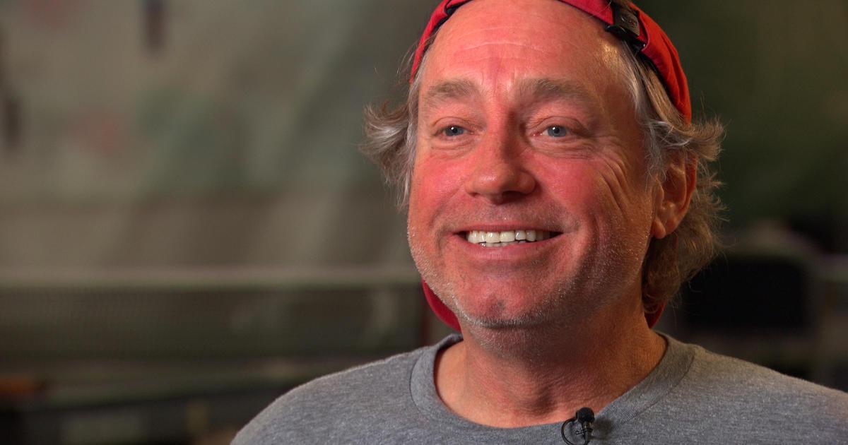 CrossFit CEO Greg Glassman apologizes for offensive George Floyd tweet – CBS News