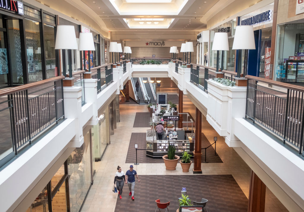 The demise of America's malls can deal a blow to the towns that depend on them – CNBC