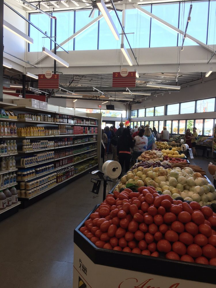 Community Foods Market in Oakland to close after worker tests positive – SFGate